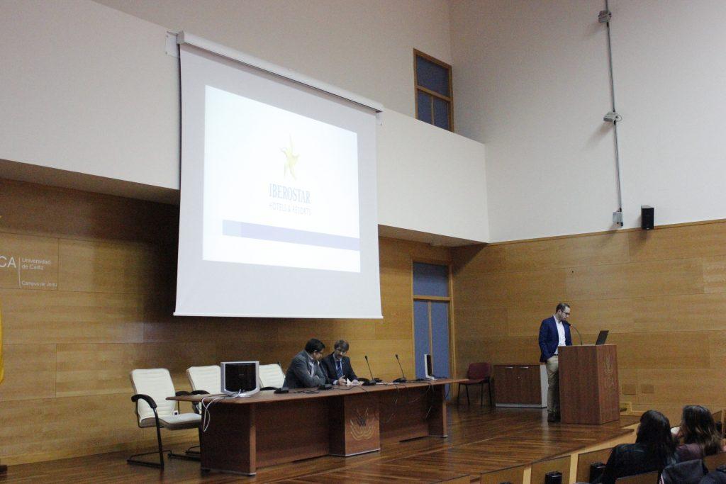 Presentación del Grupo Iberostar Hotels & Resorts a los alumnos de la Facultad