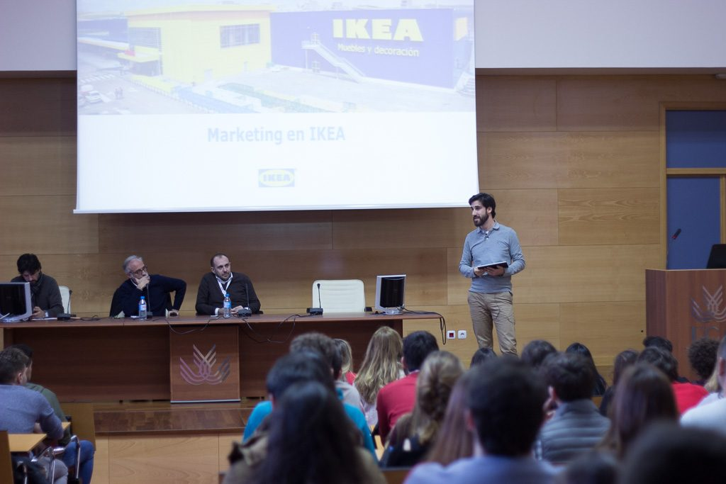 "Seminario ""Marketing Local en IKEA"""